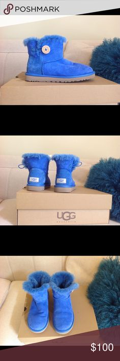 Ugg Mini Baily Boot ❤️ 100% Authentic, purchased directly from store ❤️ No Trades ❤️ In Great Used condition UGG Shoes Ankle Boots & Booties