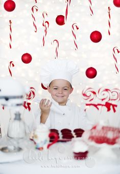 Fun christmas photo session idea! Perfect holiday card! I love the props! CHILD / FAMILY PHOTOGRAPHY