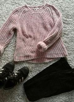 Kup mój przedmiot na #vintedpl http://www.vinted.pl/damska-odziez/swetry-z-dekoltem/16118572-brzoskwiniowy-cieply-sweterek