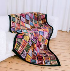 Loom Blanket, Textiles, Loom Weaving, Weaving Techniques, Diy Projects To Try, Project Ideas, Loom Knitting, Yarn Crafts, Handicraft