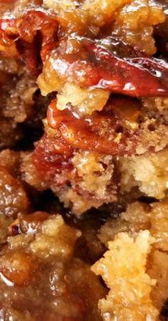 A pecan cobbler recipe made with cornbread for a rustic, sweet, Southern dessert! Pecan Recipes, Best Dessert Recipes, Fun Desserts, Holiday Recipes, Delicious Desserts, Cake Recipes, Cooking Recipes, Yummy Food, Cornbread Cake