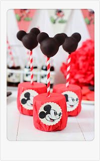 Cake pops Mikey Mouse ....de chocolate!