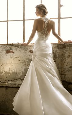 (back) Hollywood glam gown with a sexy razor back by Essense of Australia [Style D1291]