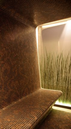 The uniqueness of the sauna are designed separately from the LED light, strengthened by a number of natural factors. Steam Room Shower, Sauna Steam Room, Sauna Room, Home Spa Room, Spa Rooms, Spa Interior, Bathroom Interior Design, Saunas, Chedi Hotel