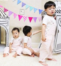Rie, Filipino, USA Mostly for the cuties Song Triplets. Cute Kids, Cute Babies, Baby Kids, Superman Kids, Korean Tv Shows, Song Daehan, Man Se, Song Triplets, Eternal Sunshine