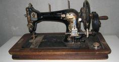 Elentrompe: Máquinas de coser Singer