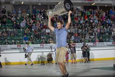 Ben Lovejoy took the Stanley Cup to his alma mater, Dartmouth College, to share…