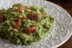 Raw Avocado Kale Pasta @Rawmazing.com