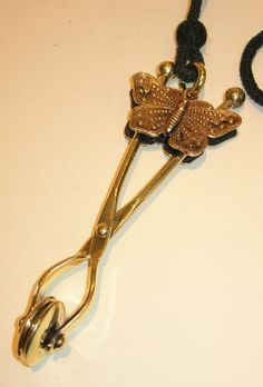 Victorian skirt lifter, girls must keep their skirts tidy in the streets... :)