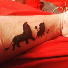 22 tatuagens para fãs de 'O Rei Leão'
