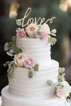 Awesome Rustic Wedding Cake Ideas For Sweet Wedding Ceremony 707