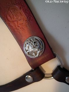Leather back quiver Celtic dragon by OldArchery on Etsy, €169.00