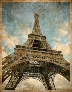 Eiffel Tower Figurine Vintage | Vector of 'eifel tower isolated on the white background'