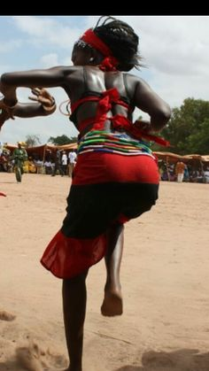 Pinterest:@TChakaa African Life, African Culture, African Women, Black Is Beautiful, Beautiful Women, African Princess, African Dance, Dance It Out, Tribal People