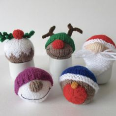 Christmas Baubles knitting patterns
