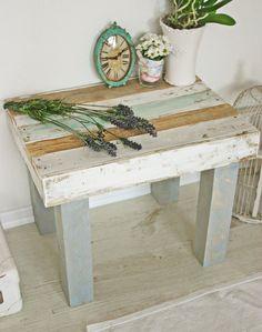 Beistelltisch Tisch Holztisch Im Skandinavischen Design Nordisch Elegant  Einrichten Mit Holzmöbel