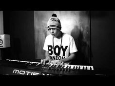 """Austin Mahone """"Say You're Just a Friend"""" Piano Version - He's so amazing not even words can describe oh btw this is way BETTER with out flo rida"""