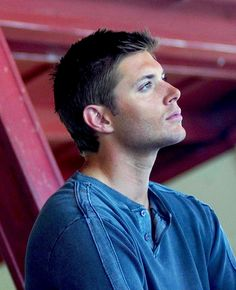 Jensen promo shoot. Click through for a beautiful set of images. So pretty from every angle. (Thanks to Liz S)
