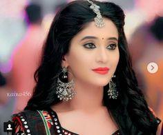 New Wedding Dress Indian, Shivangi Joshi Instagram, Bollywood Girls, Cute Girl Photo, Bride Makeup, Girls Dpz, Trendy Jewelry, Celebs, Celebrities