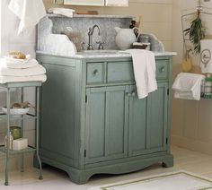 lucca console_like color and style