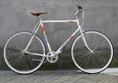 Puch CLUBMAN Weiß Nexus Nabendynamo Vintage Bicycles, Custom Bikes, Retro Vintage, Shopping, Bicycles, Custom Motorcycles, Custom Bobber, Vintage Bikes