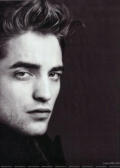 the twilight saga! Robert Pattinson as EDWARD! Robert Pattinson, Pretty People, Beautiful People, Robert Douglas, Edward Cullen, Edward Bella, Estilo Fashion, Male Magazine, Marylin Monroe