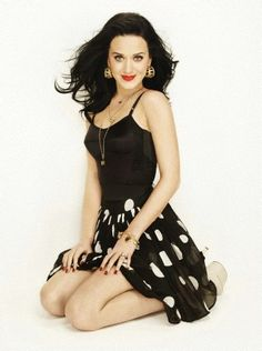Katy Perry, did i mentioned that you are such a beautiful girl? Russell Brand, Katy Perry Hot, Katy Perry Pictures, Girl Dancing, Pole Dancing, Celebs, Celebrities, Pretty People, Pretty Woman