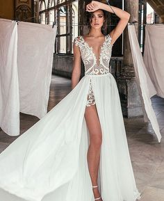 The nerd and the playboy . - What happens when your parents have a contract which says to dye … novel # Youth Novel - Off White Wedding Dresses, Dream Wedding Dresses, Bridal Dresses, Wedding Gowns, Backless Wedding, Wedding White, Summer Wedding, Prom Dresses, Sheath Wedding Gown
