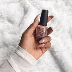 nude nails | nude nail art | manicure | opi nude nails | burga |