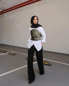 Modest Fashion Hijab, Modern Hijab Fashion, Street Hijab Fashion, Modesty Fashion, Casual Hijab Outfit, Hijab Fashion Inspiration, Muslim Fashion, Modest Outfits, Chic Outfits