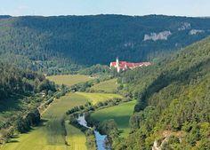 Donaupanorama mit Kloster Beuron