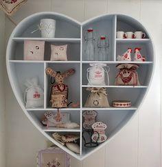 Een houten hart.