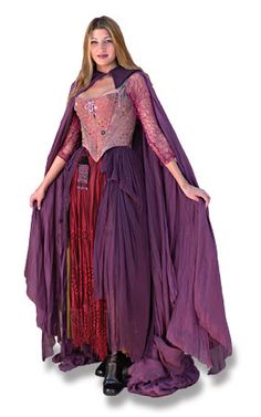 Hocus Pocus Costumes For Halloween - Sarah Sanderson Hocus Pocus Halloween Costumes, Witch Costumes, Halloween Kostüm, Halloween Cosplay, Diy Costumes, Cosplay Costumes, Costume Ideas, Cosplay Ideas, Halloween Table