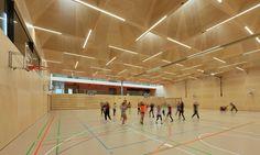 Ergebnis: 11. Vorarlberger Holzbaupreis 2015 I Preis Öffentlicher Bau: Schule und Sporthalle, Dietrich | Untertrifaller Architekten ZT GmbH, © Bruno Klomfar I competitionline