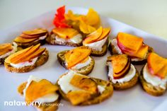 Ripe nectarine & goat cheese crostini | Ravishing Radish Catering | Nataworry Photography