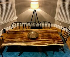 Monkey Pod table salle à manger (Fidji Sourced Monkey Pod) Esstisch Design, Dinning Room Tables, Slab Table, Thing 1, Custom Wood, Interiores Design, Wood And Metal, Fiji, Bespoke