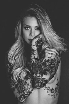 Sexy inked girl