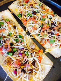 21 Day Fix - Taco Pizza ... 1 serving is one Flatout! 1 1/4 YELLOW, 1/2 RED, 1/4 GREEN, 1/3 BLUE