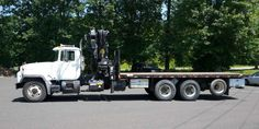 Specifications for the 2003  HIAB 300-4 KNUCKLEBOOM TRUCK: 13 TON. This vehicle is presented courtesy of Opdyke Inc.