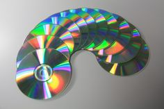 ~~~ DIY 5 Unusual Uses for Old CDS ~~~ Lamp, Sculptures, ++ more uses!