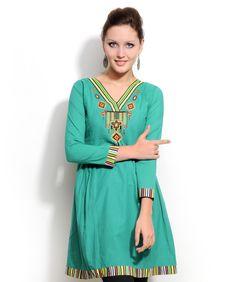 Aimi Printed Kurti  Shop it on www.fashionandyou.com!  #fashionandyou Kurtis Tops, Kaftan Style, Printed Kurti, India, Shoe Brands, Latest Fashion Trends, Desi, Tunic, My Style