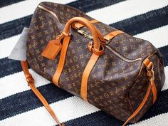 Life of Lotta: Louis Vuitton Keepall 50 Bandoulière  http://lifeoflottablogi.blogspot.fi/2014/07/louis-vuitton-keepall-50-bandouliere.html
