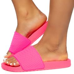 Cute Slides, Pink Slides, Cute Wedges Shoes, Wedge Shoes, Soft Slippers, School Shoes, Shoe Size Conversion, Fur Boots, Pink Fabric