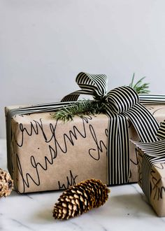 That's a Wrap! 10 Chic + Cozy Christmas Gift Wrapping Ideas - The Sweetest Occasion - - Check out modern and cozy Christmas gift wrapping ideas plus hundreds of Christmas party ideas, Christmas cocktail recipes, Christmas cookie recipes + more! Christmas Gift Wrapping, Diy Christmas Gifts, Handmade Christmas, Holiday Gifts, Christmas Decorations, Christmas Recipes, Christmas Parties, Christmas Ideas, Christmas Gift For Boss