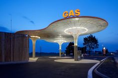 Gas Station in Slovakia by Czech Republic architecture office Atelier SAD (translated): Design petrol stations, based on the overall concept of a network of petrol stations, which also processed by our studio. Blog Inspiration, Filling Station, Timber Beams, Concrete Structure, Famous Architects, Grid Design, Club Design, Googie, Architects