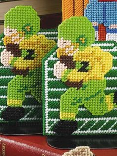 Plastic Canvas - Home Decor - Decorations & Knickknacks - Football Bookends - #FP00443