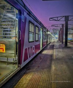 """Colours Of Mumbai on Instagram: """"Don't you miss #mumbailocals Comment down the mumbai local things that you miss ! 😋😍 . Picture credits @manojhalankar . Follow…"""""""