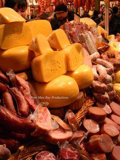 Más quesos, más bondiolitas, más de Argentina ... qué ricoooo !!!!