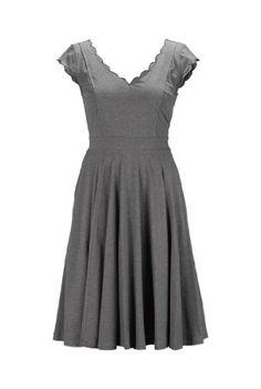 eShakti Women's Scalloped melange knit dress 2X-20W Regular Heather gray eShakti http://www.amazon.com/dp/B00IGOALK6/ref=cm_sw_r_pi_dp_jATTtb1TRDEG722W