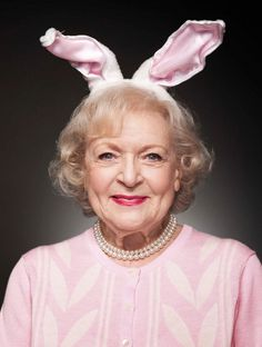 Betty White.. love this pic of Betty White it characterizes her perfectly.. I want to meet her one day!!